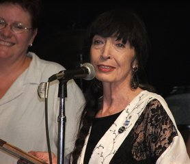 Jo Ann wins the Detroit Blues Society award 2005